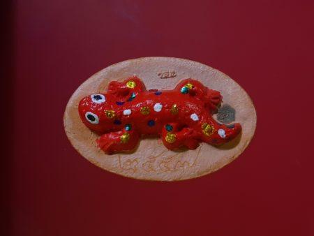 Wealth amulet B.E.2557 Tukkae or gecko baked clay amulet (GOD144)