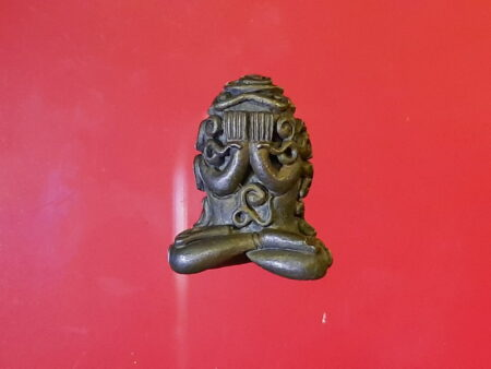 B.E.2518 Phra Pidta Maha Chot Nawaloha amulet by LP Kasem (PID96)